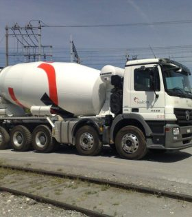 be tong tuoi holcim hcm